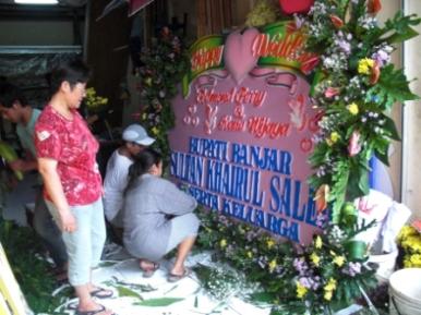 TOKO BUNGA PAPAN BUKA 24 JAM SURABYA - 08123.5931.288